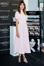 54bef982bbea6_-_hbz-the-list-best-dressed-august15-07-alexa-chung