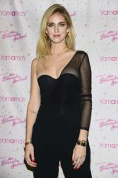 Chiara-Ferragni_-The-Blonde-salad---limited-edition-Presenting-for-Yamamay--03-662x993